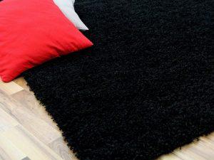 alfombras negras